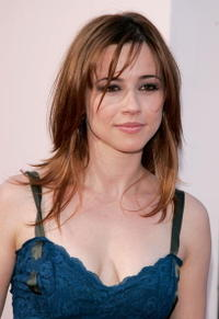 Linda Cardellini at the premiere of