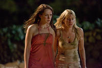 Jena Malone and Laura Ramsey in