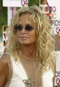 Farrah Fawcett arrives at the 2004 MTV video music awards.