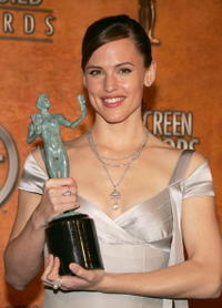 Jennifer Garner at the 11th Annual Screen Actors Guild Awards.