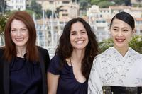 Julianne Moore, Alice Braga and Yoshino Kimura at the photocall of
