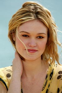 Julia Stiles in Cannes.