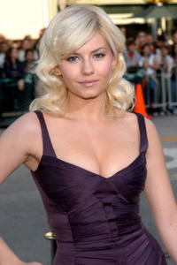 Elisha Cuthbert at the