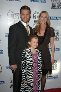 Casper Van Dien, daughter Grace and Catherine Oxenberg at the 21st Genesis Awards.