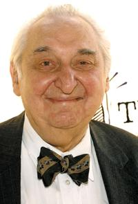 Fyvush Finkel at the 2002 Shine Awards.