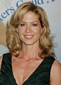 Jenna Elfman at the 2006 Writers Guild Awards.