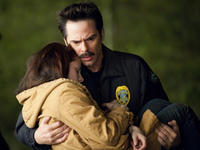 Kristen Stewart and Billy Burke in