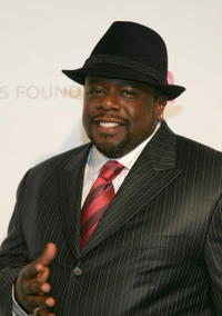 Cedric the Entertainer at the 15th Annual Elton John AIDS Foundation Academy Awards viewing party in West Hollywood.