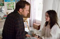 Peter Sarsgaard as John and Isabelle Fuhrman as Esther in