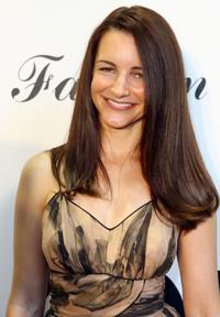 Kristin Davis at the Fashion for Life 2007 to Benefit Friendly House.