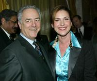 Bob Broder and Peri Gilpin at the Los Angeles Free Clinic's 27th Annual Benefit.