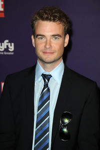 Robin Dunne at the SyFy/E! Comic-Con party in California.