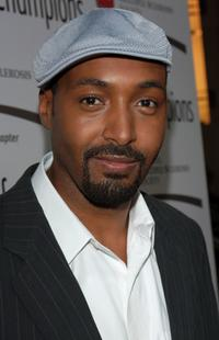 Jesse L. Martin at the dinner of Champions