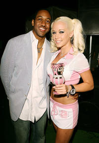 Jaleel White and Kendra Wilkinson at the Celebrity Locker Room