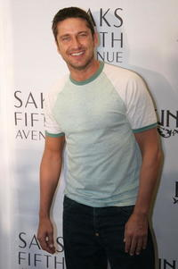 Gerard Butler at the launch of EDUN clothing line in Los Angeles, California.