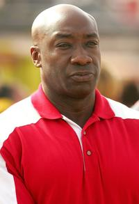 Michael Clarke Duncan at the NASCAR Nextel Cup Series UAW Ford 500.