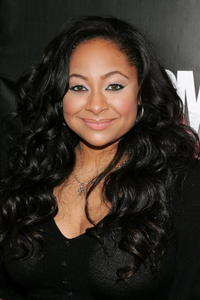 Raven Symone at the 2007 CosmoGIRL! Born to Lead Awards in N.Y.