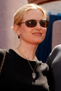 Bridget Fonda at the Hollywood premiere of