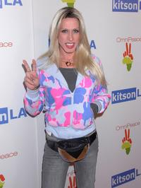 Alexis Arquette at the OmniPeace Event to stop extreme poverty in Sub-Saharan Africa by 2025.