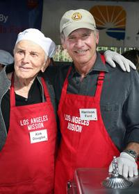 Harrison Ford and Kirk Douglas at thanksgiving lunch for homeless.