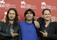 Adam Bousdoukos, Fatih Akin and Moritz Bleitbeu at the photocall of
