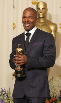 Jamie Foxx at the 77th Annual Academy Awards.