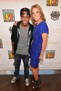 Maestro Harrell and Cheryl Hines at the A Day of Beauty for Their Best Buddies at Blushington Make-Up and Beauty Lounge.