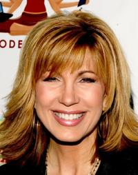 Leeza Gibbons at the Modern Mom Mingle held.
