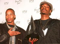 Warren G. and Snoop Dogg (Calvin Brodus) at the 22nd Annual American Music Awards.