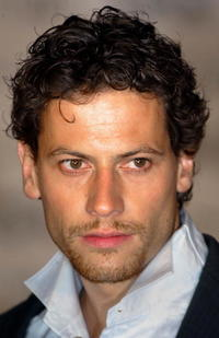 Ioan Gruffudd at the GQ Magazine Men of the Year Awards.