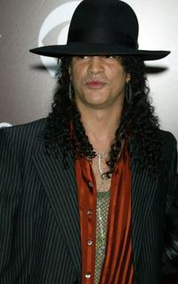 Slash at the 47th Annual Grammy Awards.