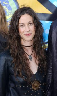 Alanis Morissette at the 2003 MTV Movie Awards.