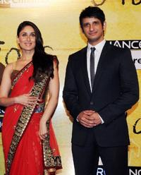 Kareena Kapoor and Sharman Joshi at the premiere of