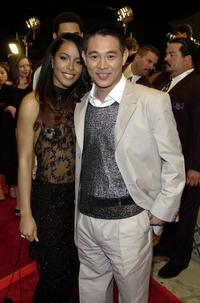 Aaliyah and Jet Li at the premiere of