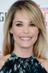 Leslie Bibb at the 2013 Film IndeLeslie Bibb at the 2013 Film Independent Spirit Awards in Santa Monica, CA.pendent Spirit Awards in Santa Monica, CA.