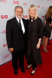 Sid Ganis and his wife Nancy Hult Ganis at the 36th AFI Life Achievement Award tribute to Warren Beatty.