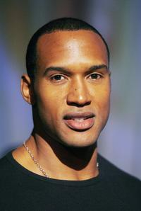 Henry Simmons at the private performance of Cirque Du Soleil's