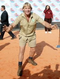 Steve Irwin at the 15th Annual Nickelodeon Kid's Choice Awards.