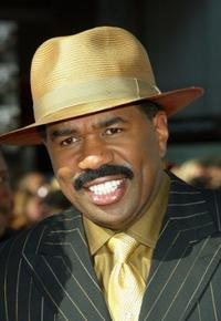 Steve Harvey at the 2004 Black Entertainment Awards.