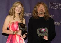 Alison Krauss and Robert Plant at the 2008 CMT Music Awards.