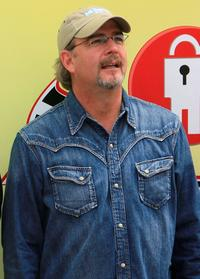 Bill Engvall at the NASCAR Sprint Cup Series Lifelock 400.