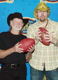Willie Nelson and Toby Keith at the pre-game press conference for Super Bowl XXXVIII.