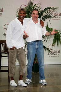 Shemar Moore and Mandy Patinkin at the photocall of 2007 Monte Carlo Television Festival.
