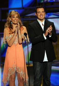 Molly Sims and Carson Daly at the 2004 Radio Music Awards.