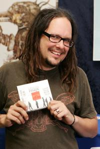 Jonathan Davis at the autograph signing at J&R Music and Computer World.