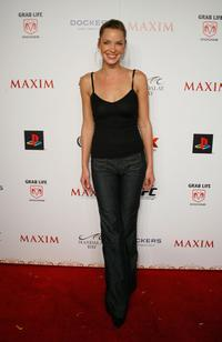 Ashley Scott at the Maxim Oasis: Pre-VMA Bash.