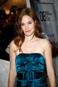 Caroline Dhavernas at the premiere of