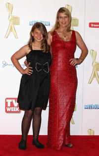 Bindi Irwin and Terri Irwin at the red carpet of the 2011 Logie Awards in Australia.