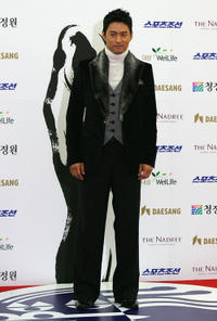 Ju Jin-mo at the 28th Blue Dragon Film Awards in South Korea.