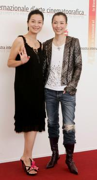 Su Yan and Sammi Cheng at the photocall of